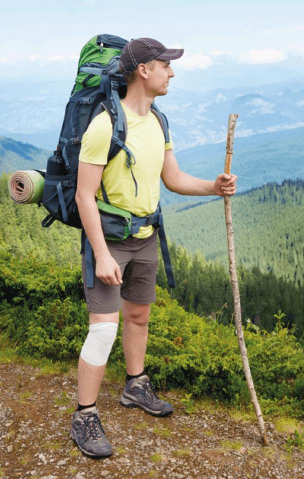 Wanderer mit Knieverletzung